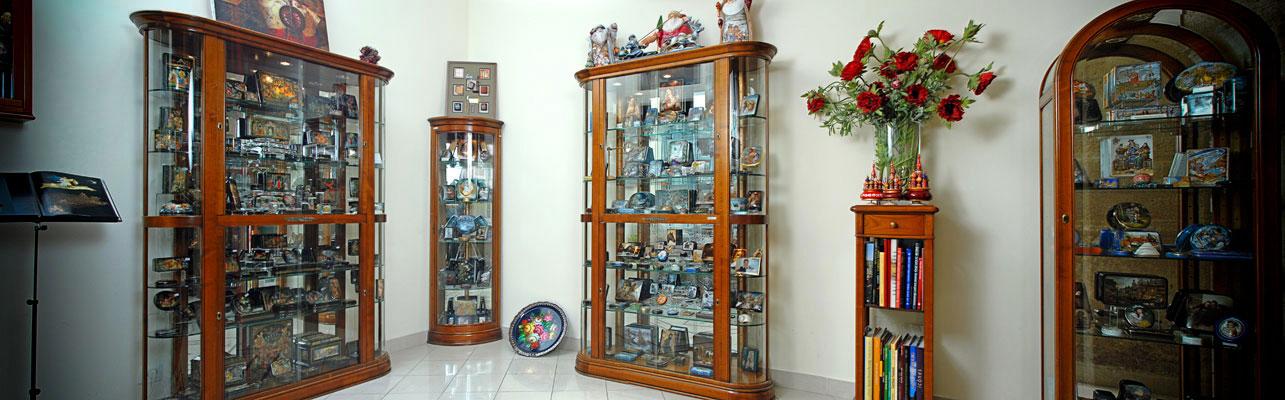 Notre boutique d'artisanat russe au 4, rue du Pas de la Mule, 75003 Paris