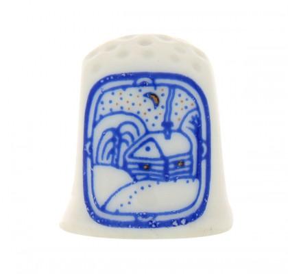 Il ditale di porcellana decorato a mano