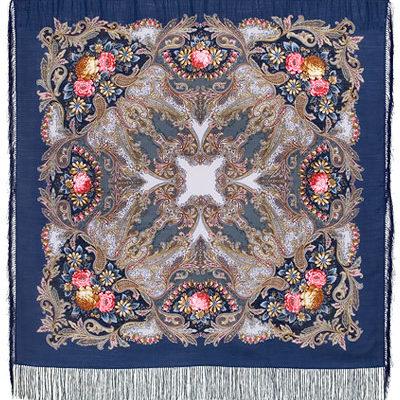 Châle russe en laine, avec des franges en soie Nom du motif: Rêve d'un papillon Créateur du motif: Elena Favoritova