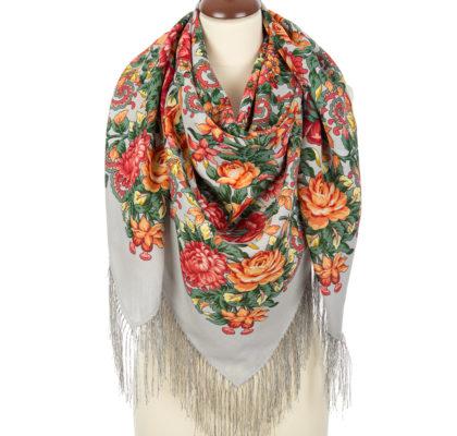 Woolen scarf with Silk fringes. Pattern: The Tired Sun. Designer: Elena Jukova