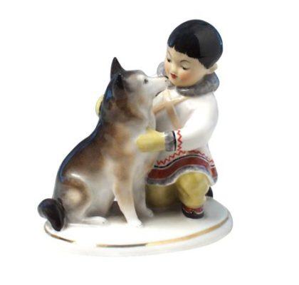 Sculpture Yakut boy with dog